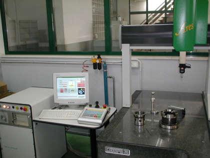 Precision mechanics workshop with CAD CAM design laboratory in San Salvo, Abruzzo